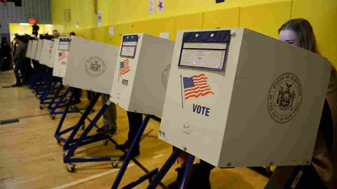 Judge restores NY state's Democratic presidential primary on June 23