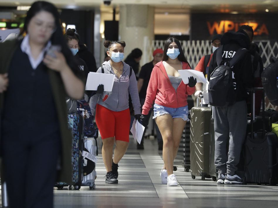 Garcetti Made Wearing Face Masks Mandatory In La Today And People On The Internet Are Angry