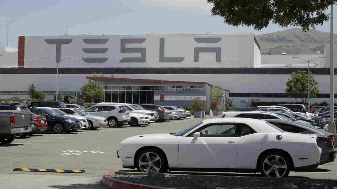 Elon Musk restarting Tesla factory in California, violating government orders