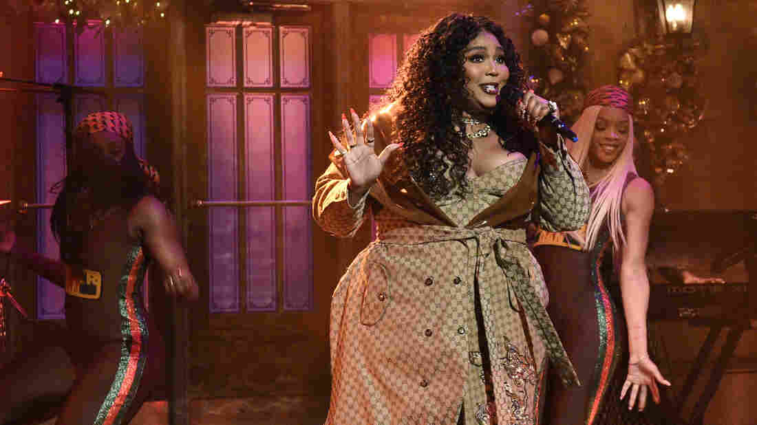 Lizzo performs on Saturday Night Live on Saturday, Dec. 21, 2019.