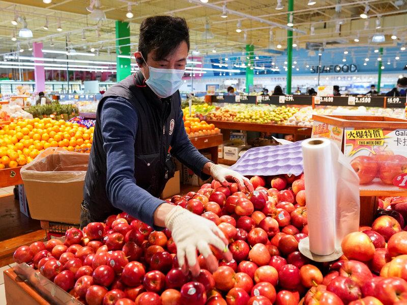 O aumentos dos preços está deixando a prática de comer em casa mais cara