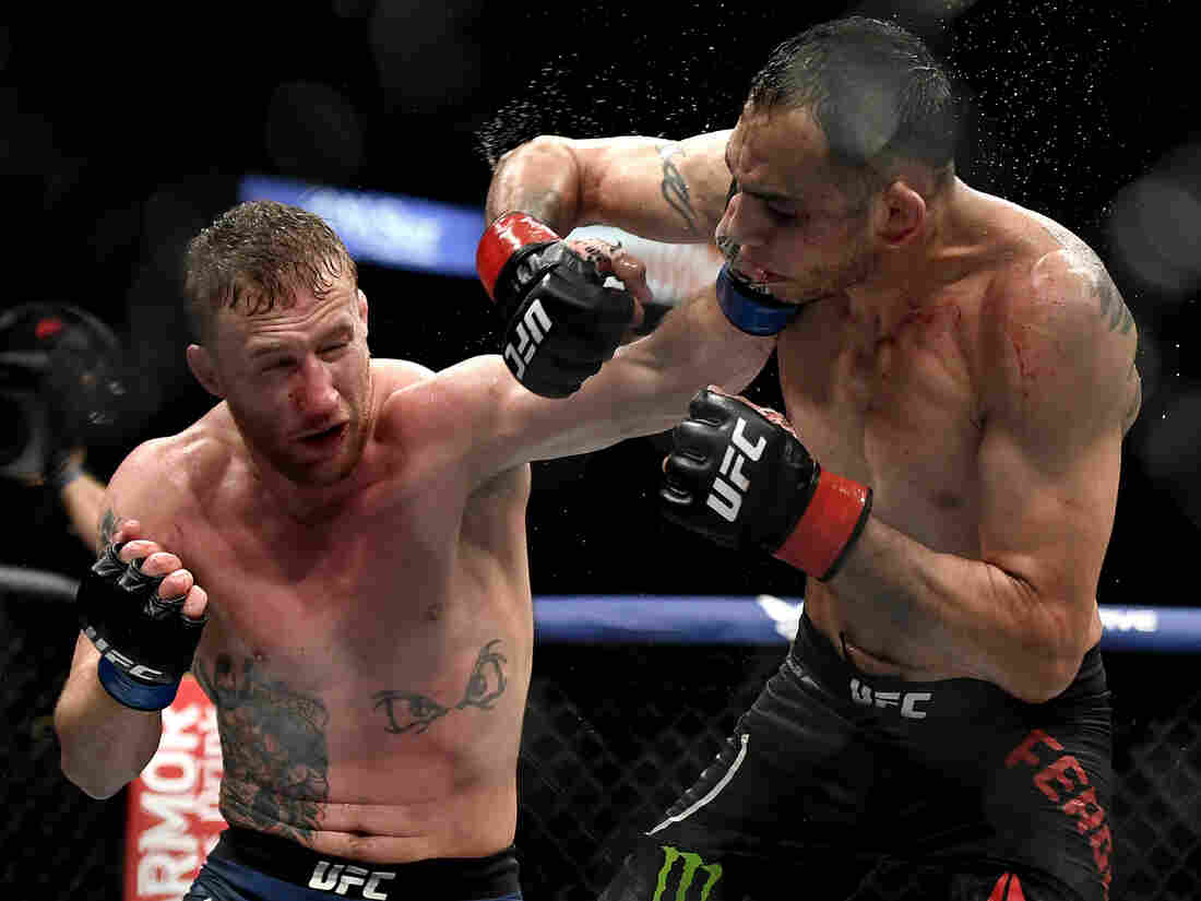 JACKSONVILLE, FLORIDA - MAY 09: Justin Gaethje (L) of the United States punches Tony Ferguson (R) of the United States in their Interim lightweight title fight during UFC 249 at VyStar Veterans Memorial Arena on May 09, 2020 in Jacksonville, Florida. (Photo by Douglas P. DeFelice/Getty Images)