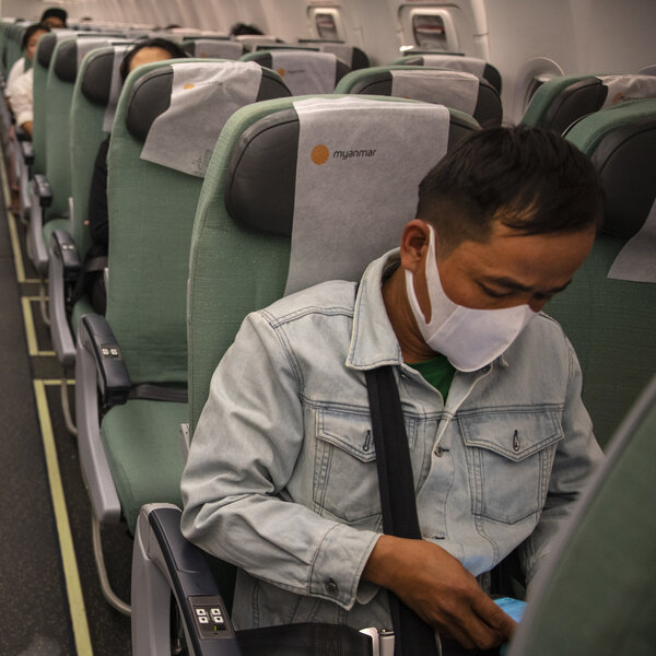 Coronavirus FAQs: How Risky Is It To Fly? Is There Any Way To Reduce The Risks?