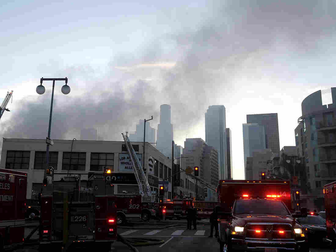 Explosion in downtown L.A. leaves multiple buildings on fire, firefighters injured