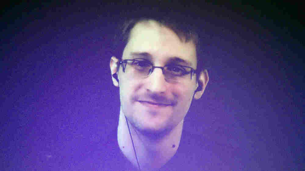 Journalist Who Helped Break Snowden's Story Reflects On His High-Stakes Reporting
