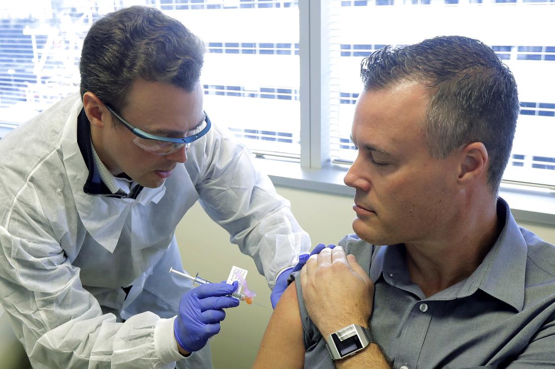 Na batalha contra o COVID-19, um risco de 'nacionalismo vacinal': NPR 3