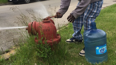 Some Chicago Renters Are Stuck Living Without Water During The COVID-19 Pandemic