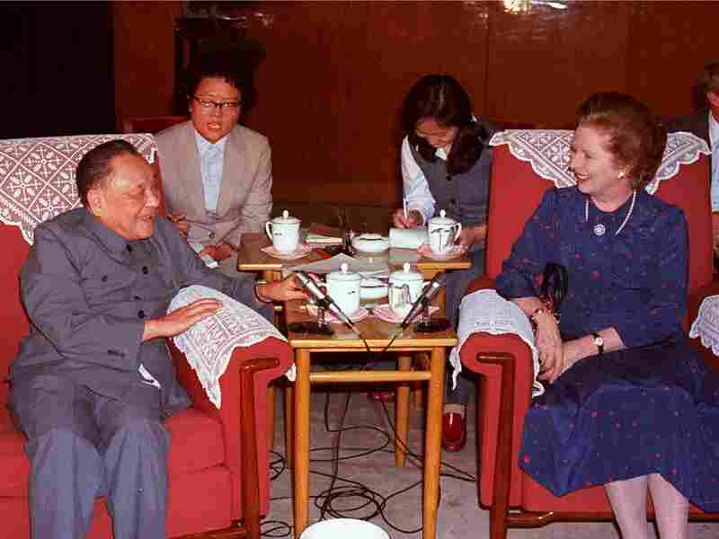 Chinese paramount leader Deng Xiaoping and British Prime Minister Margaret Thatcher in a meeting leading up to the Sino-British Joint Declaration at The Great Hall of the People in Beijing, September 26, 1984.