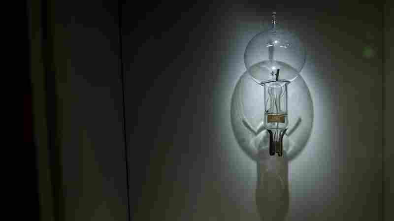GE No Longer Bringing Good Things To 'Light'