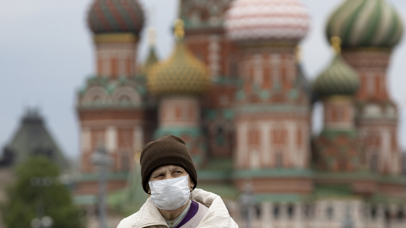 Moscow Doubles Last Month's Coronavirus Death Toll Amid Suspicions Of Undercounting