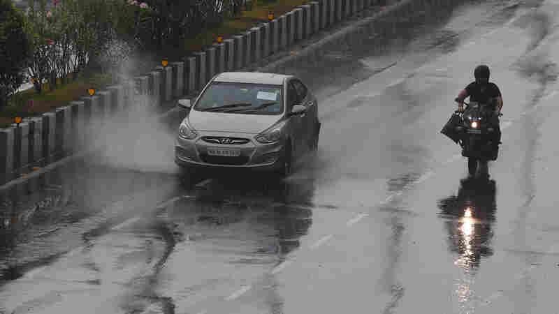 Powerful Cyclone Makes Landfall Near Indian City Of Mumbai