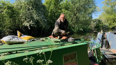 For U.K. Canal Boat Dwellers, Lockdown Can Be Claustrophobic — But Also Offers Escape