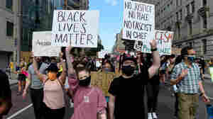 No Names, No Insignias: Democrats Call For Anonymous Policing Of Protests To End