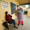Novos hot spots para coronavírus surgem no sul e na Califórnia, à medida que o nordeste diminui