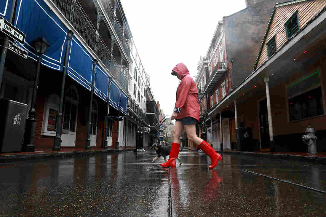Cristobal weakens to tropical depression, brings threat of flooding to Mississippi Valley