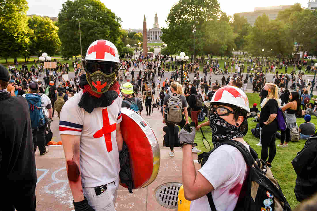 'Street Medics' Fight COVID-19 And Tend To Protesters' Wounds