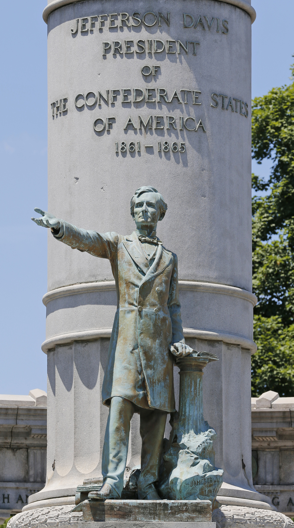A statue of Jefferson Davis, president of the Confederacy, in Richmond, Va., in 2017. Protesters toppled the statue late Wednesday. (Steve Helber/AP)