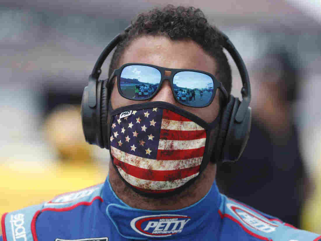 Bubba Wallace Says Rope in Garage Was a 'Straight-Up Noose'