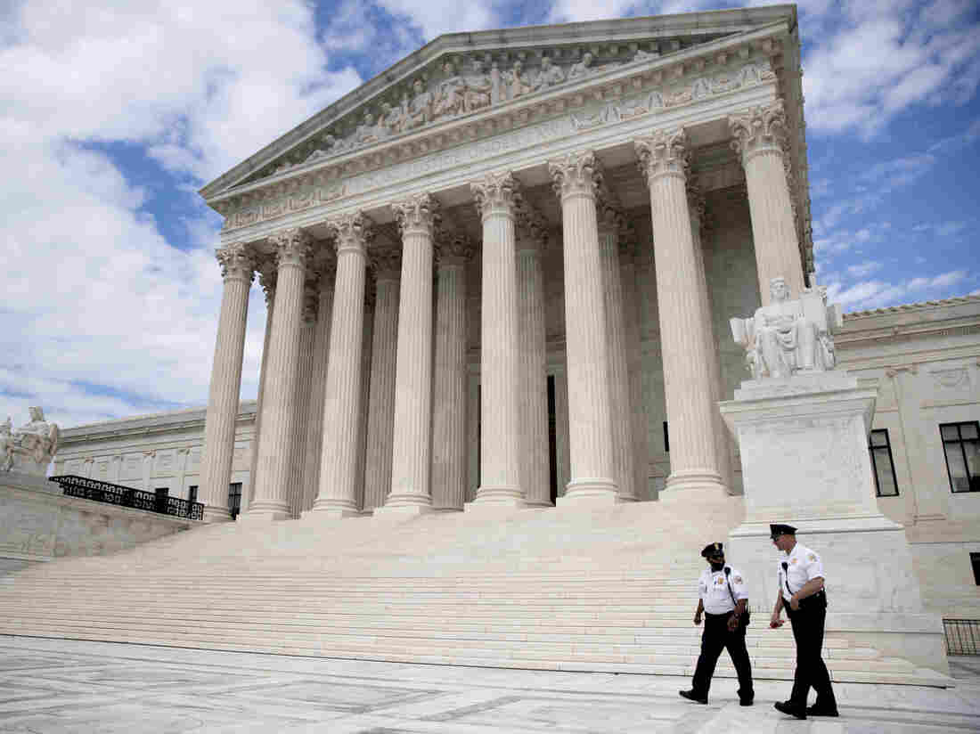 US Supreme Court lifts ban on state aid to religious schools