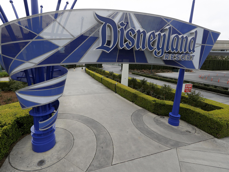 Disneyland Closure - FAQs, Refunds & Disneyland Reopening