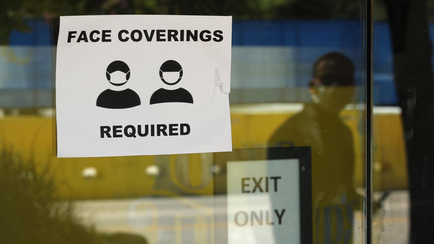 Os requisitos de máscara facial são legais? : Atualizações ao vivo do Coronavirus: NPR