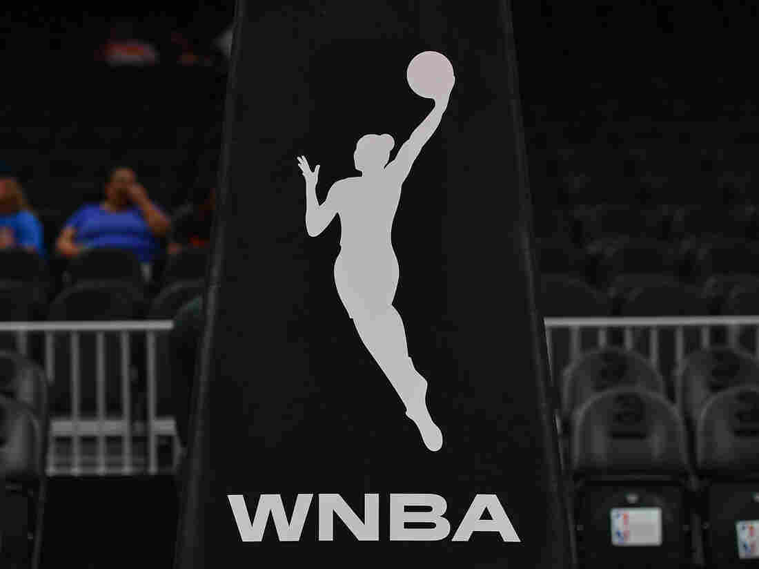 Atlanta Dream co-owner Kelly Loeffler objects to WNBA's social justice plans