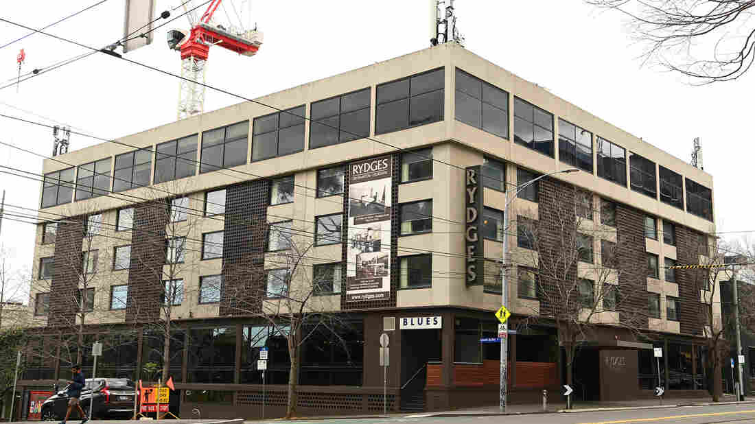 Melbourne, On COVID-19 Lockdown, Reports Record Case Count