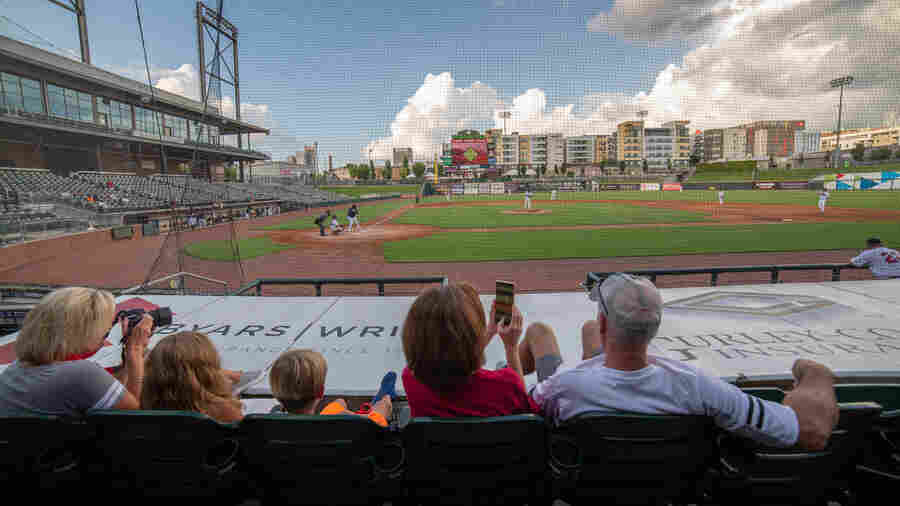 Baseball-Starved Fans Turn Out To Watch Middle-Aged Men Play