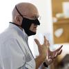 Aumento da demanda por máscaras faciais transparentes enquanto a pandemia aumenta