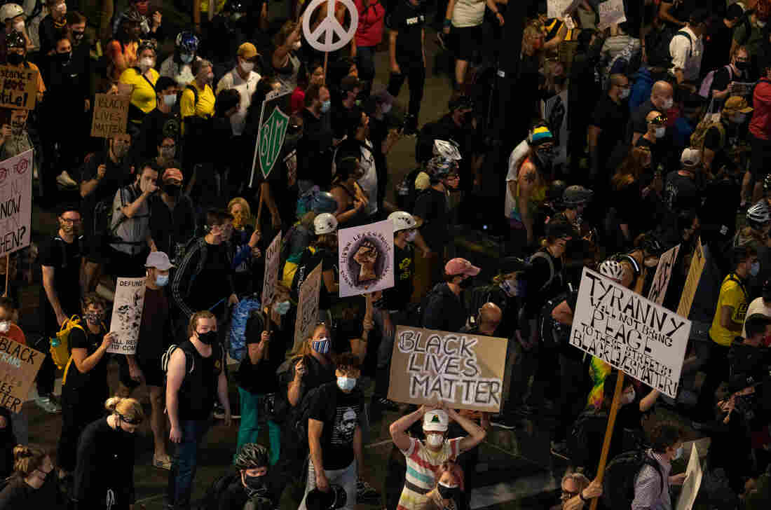 Police Declare Riots At Portland And Seattle Protests; 1 Killed In Austin 2