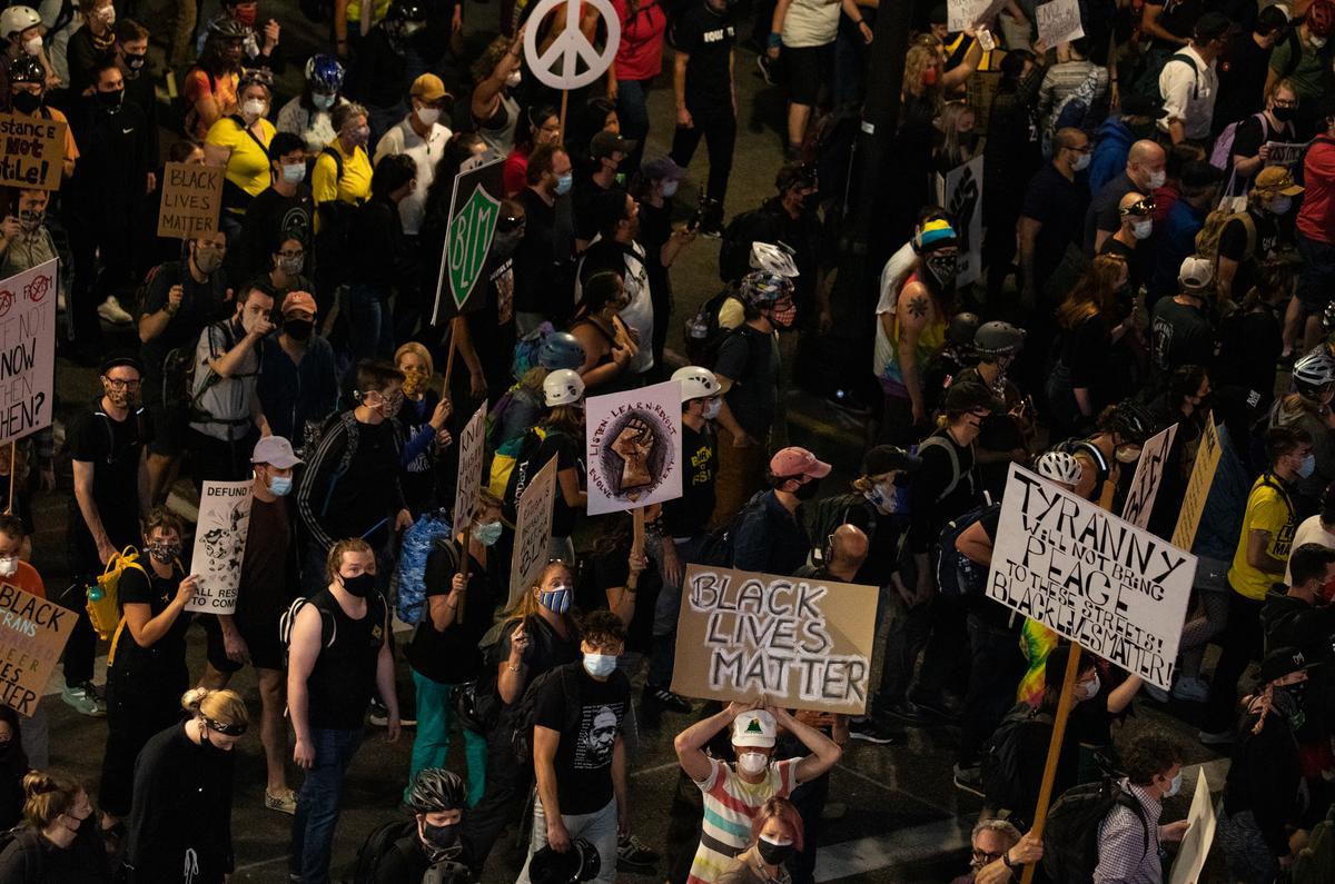 20200725_portland-protest_bp-5_custom-e497d445c2b00eebbfa147f2d7d185532e25f606-s1200.jpg