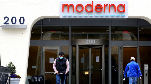 Biotech company Moderna, headquartered in Cambridge, Mass., announced that it is beginning Phase 3 trials of its COVID-19 vaccine. It will enroll up to 30,000 volunteers