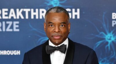 LeVar Burton Is Still Reading To Us During The Pandemic