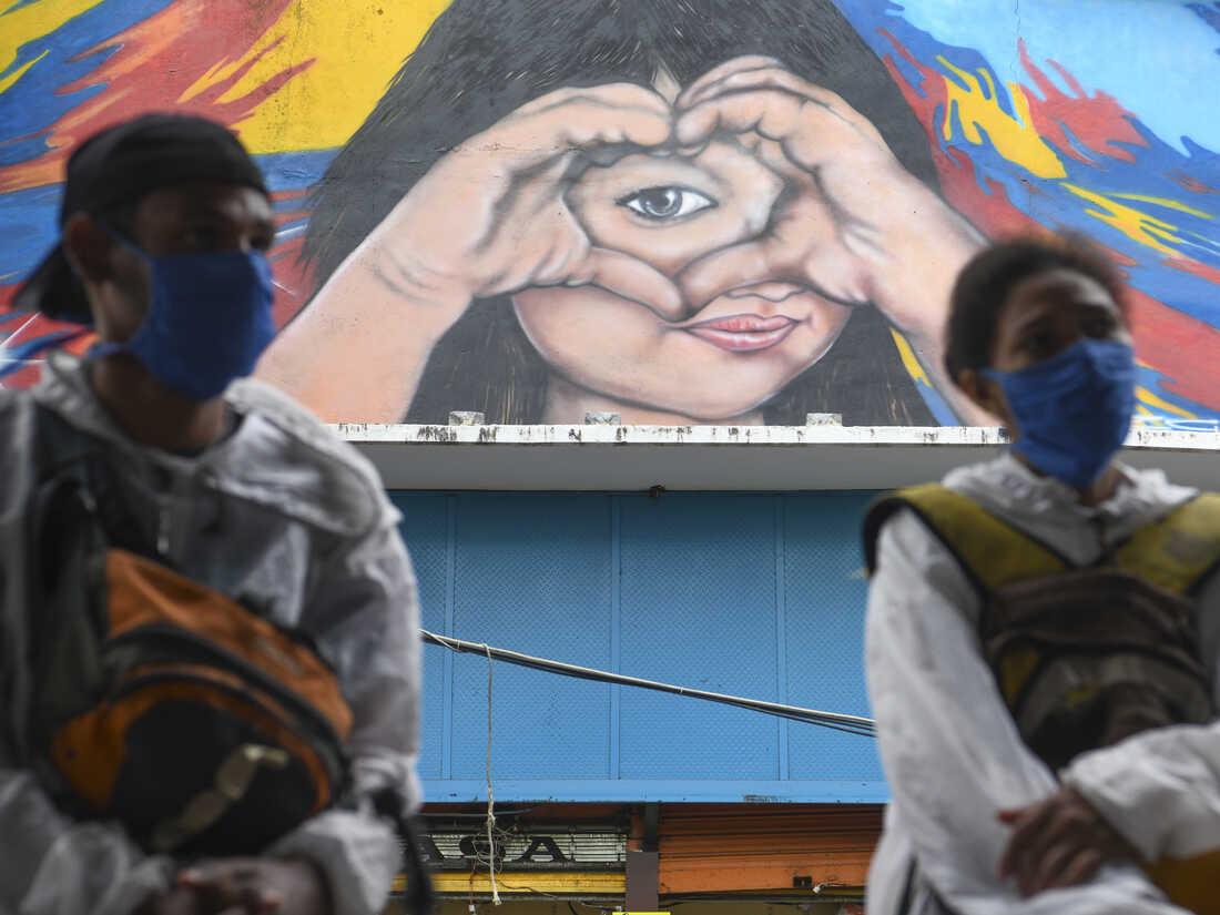 People wearing masks in Caracas, Venezuela on August 1, 2020.