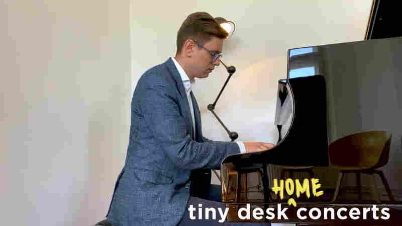 Víkingur Ólafsson: Tiny Desk (Home) Concert