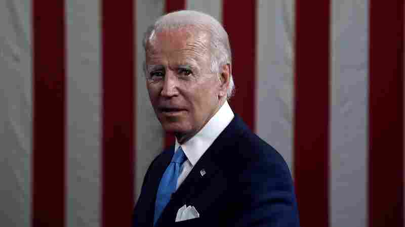 Poll: Biden Expands Lead, A Third Of Country Says It Won't Get Vaccinated