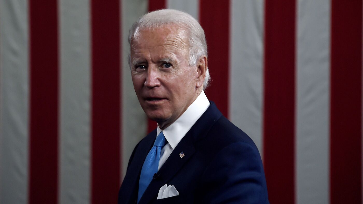 Poll: Biden Expands Lead; A Third Of Country Says It Won't Get Vaccinated – NPR