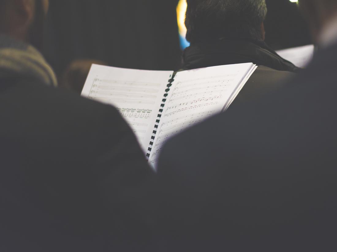 COVID-19 não consegue parar o zumbido de um coro de igreja: NPR 2