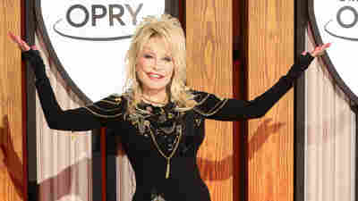 'Of Course Black Lives Matter,' Dolly Parton Tells Billboard