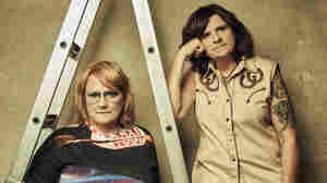 The Honesty & Self-Reflection Of The Indigo Girls