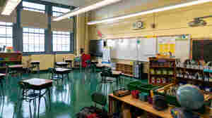 New York City Reaches Deal With Teachers Union, Will Reopen Schools On Sept. 21