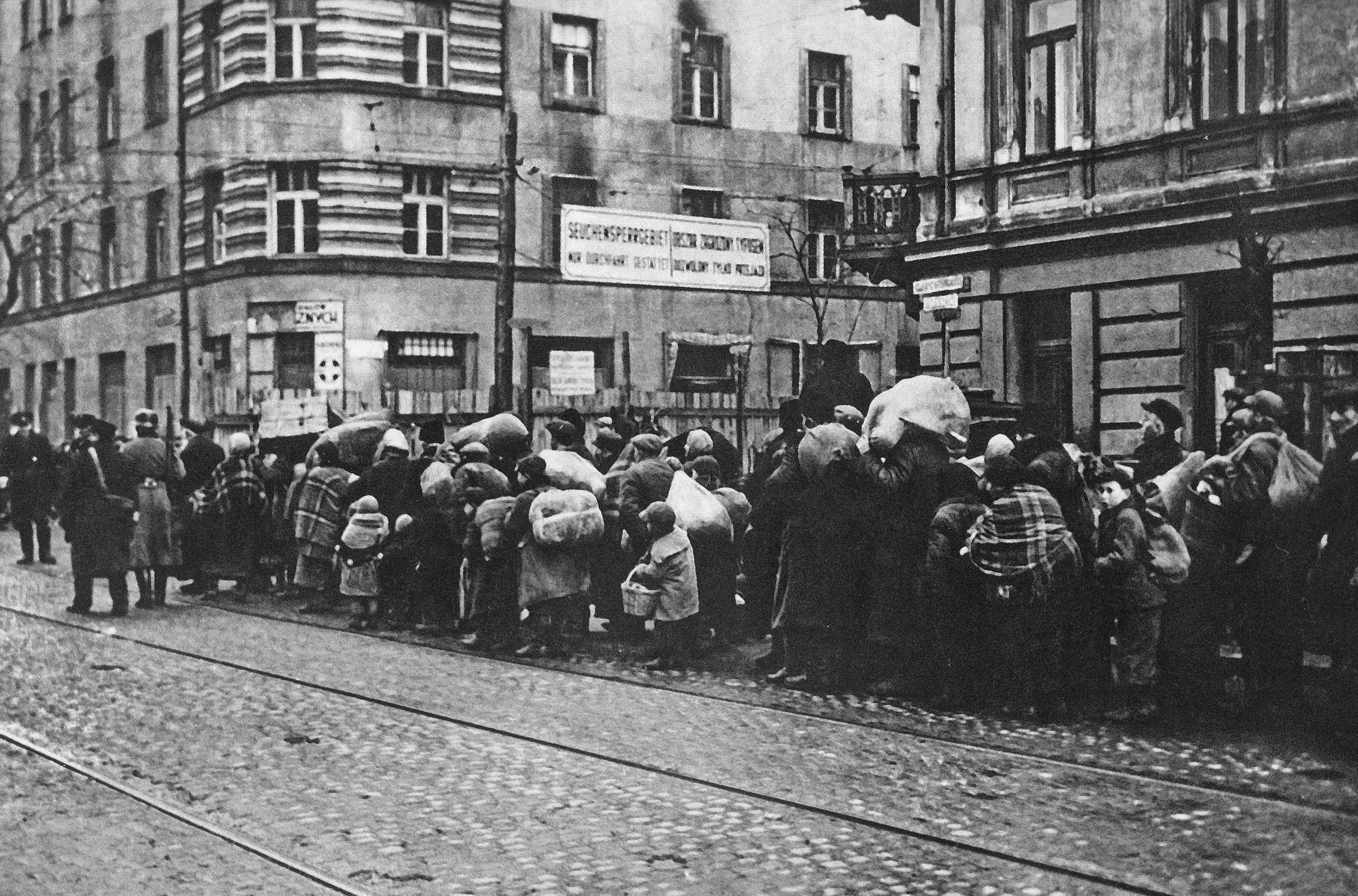 The Warsaw Ghetto Beat Back Typhus. There Are Lessons For Today's Pandemic  : Goats and Soda : NPR