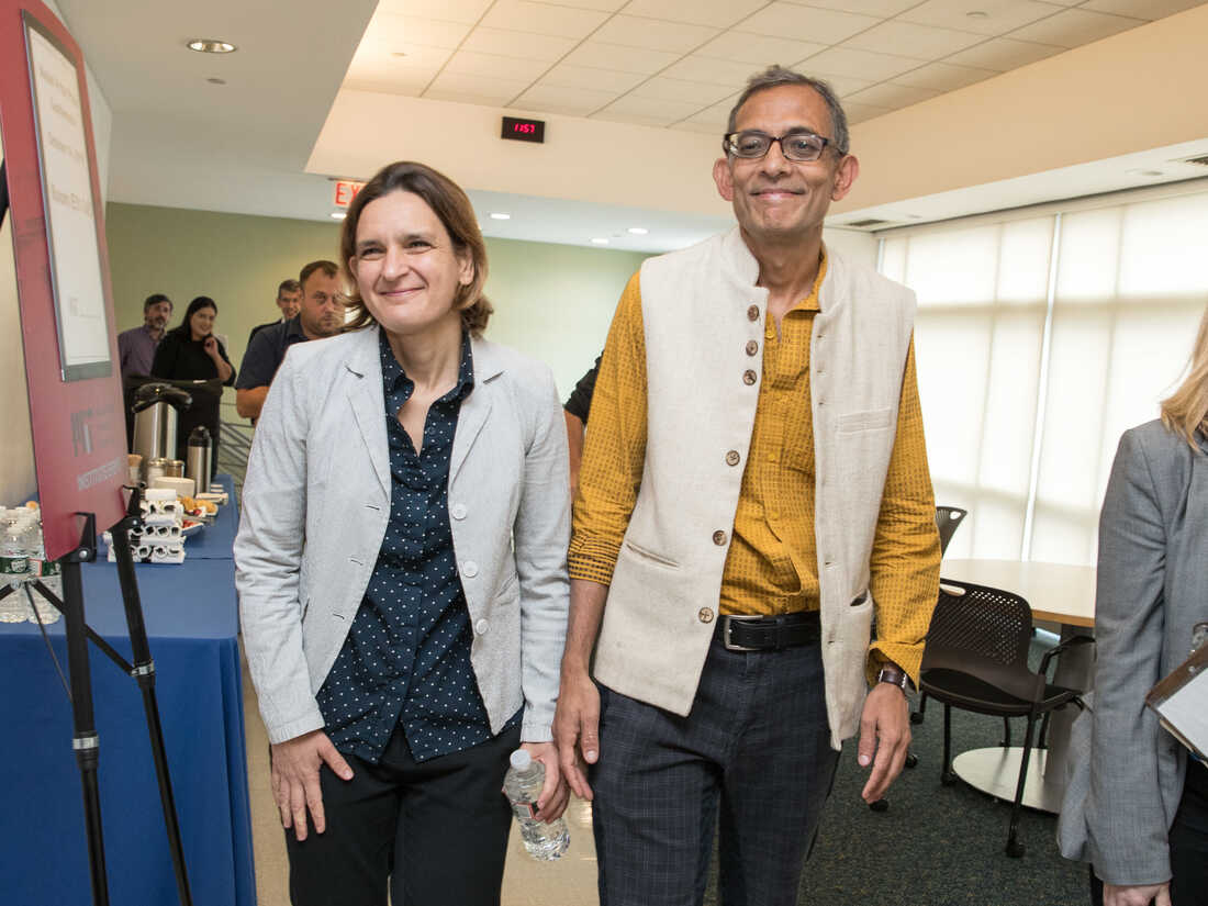 CAMBRIDGE, MA - OCTOBER 14: Esther Duflo, left, and Abhijit Banerjee, who share a 2019 Nobel Prize in Economics with Michael Kremer, arrive for their press conference at Massachusetts Institute of Technology on October 14, 2019 in Cambridge, Massachusetts. (Photo by Scott Eisen/Getty Images)