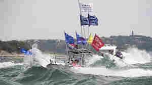 5 Boats Sink At Trump Boat Parade In Texas