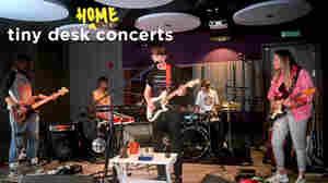 Declan McKenna: Tiny Desk (Home) Concert