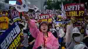 The Volatile Mix Of A South Korean Church, Politics And The Coronavirus