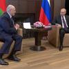 Amid democratic street uprising, Belarusian strongman receives Russian support