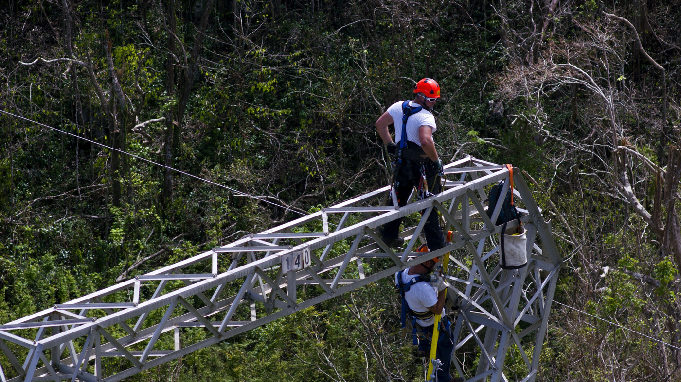 Trump Administration Announces Nearly $13 Billion In Aid For Puerto Rico thumbnail