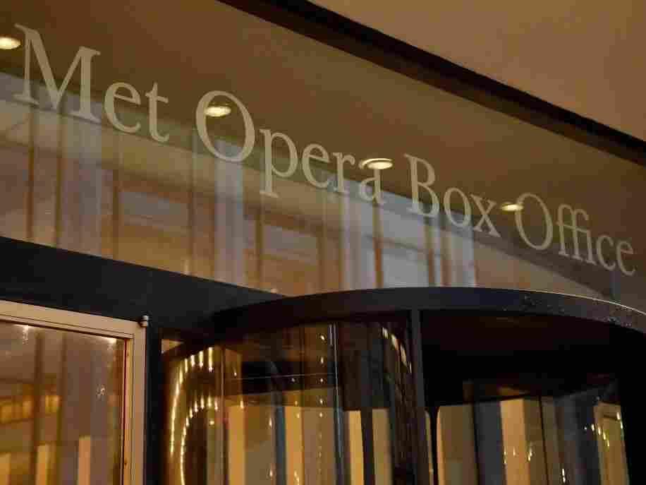 Met Opera Says It Won't Return Until Fall 2021