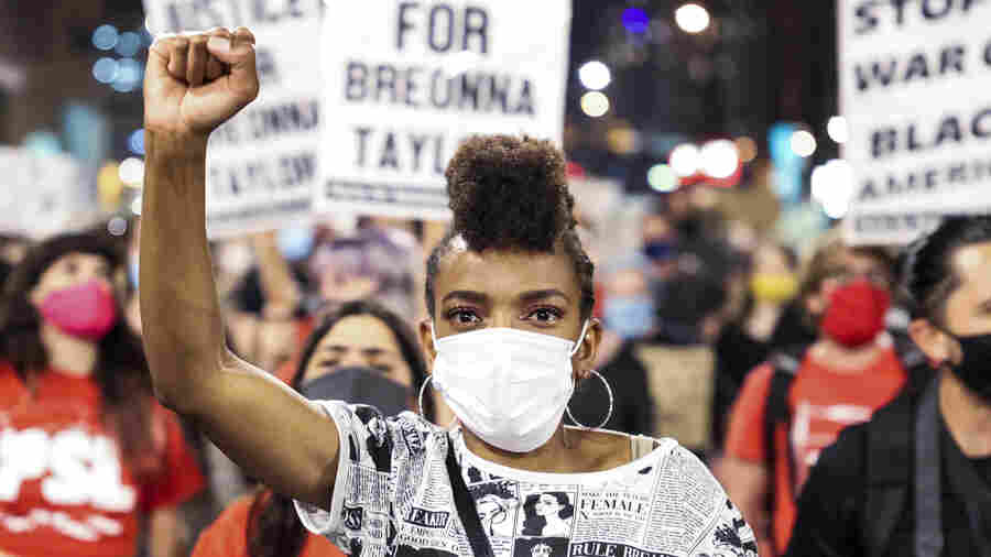 PHOTOS: Scenes From Breonna Taylor Protests Around The Country